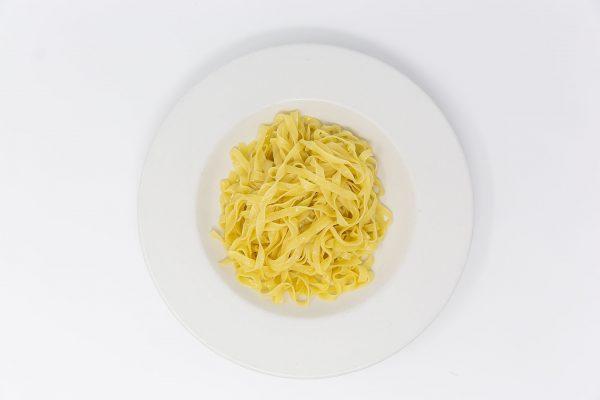 Prepared fettuccine noodles